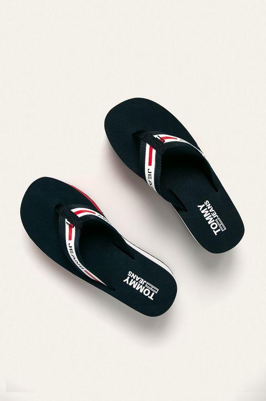 tmavomodrá Tommy Jeans - Žabky