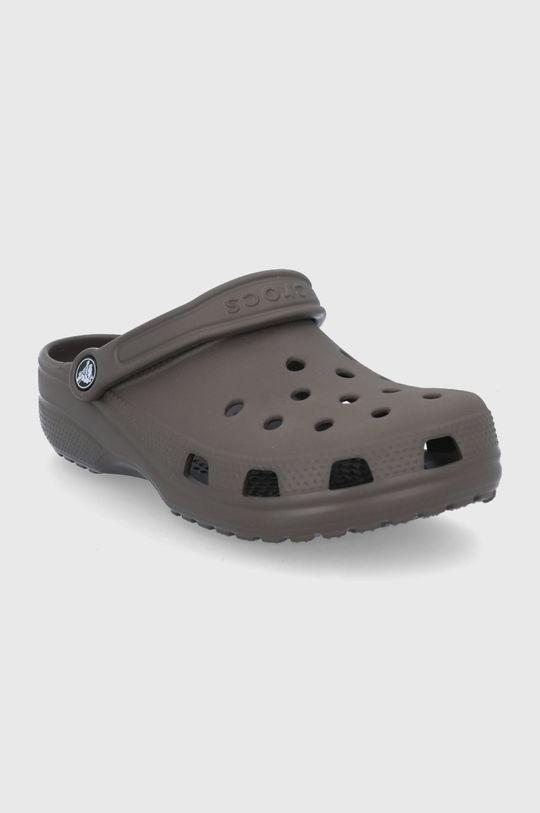 Crocs - Klapki ciemny brązowy