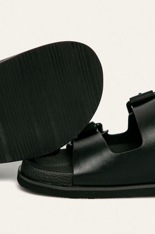 Calvin Klein - Pantofle Svršek: Umělá hmota Vnitřek: Textilní materiál Podrážka: Umělá hmota