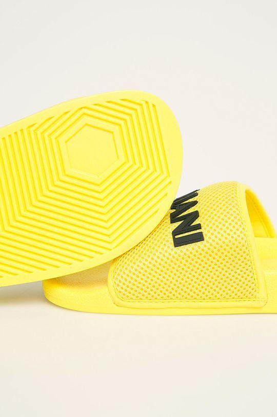 Armani Exchange - Šľapky žltá