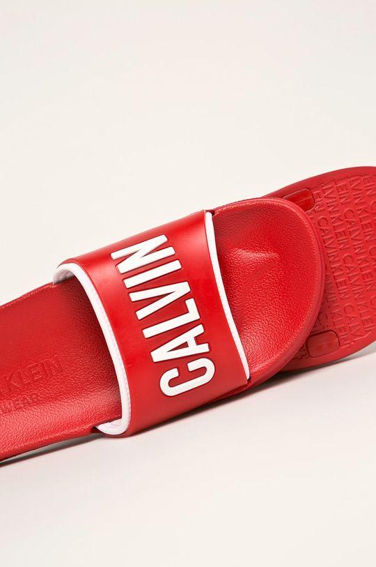 Calvin Klein Underwear - Pantofle Svršek: Umělá hmota Vnitřek: Textilní materiál Podrážka: Umělá hmota
