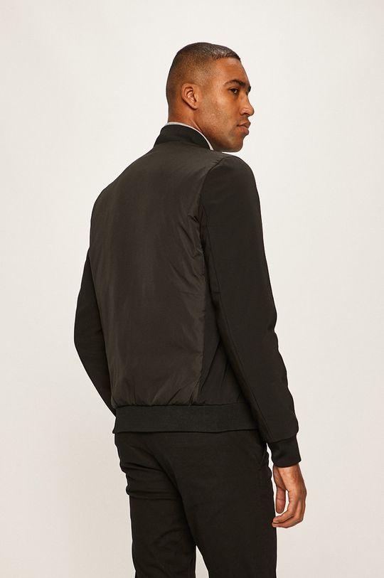 Calvin Klein - Bunda Výplň: 100% Polyester Materiál č. 1: 100% Polyester Materiál č. 2: 20% Elastan, 80% Polyamid Stahovák: 2% Elastan, 98% Polyester