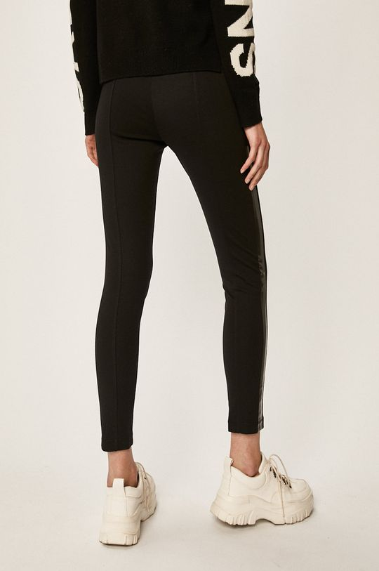 Calvin Klein Jeans - Colanti Materialul de baza: 3% Elastan, 29% Poliamida, 68% Viscoza Finisaj: 14% Elastan, 86% Poliester