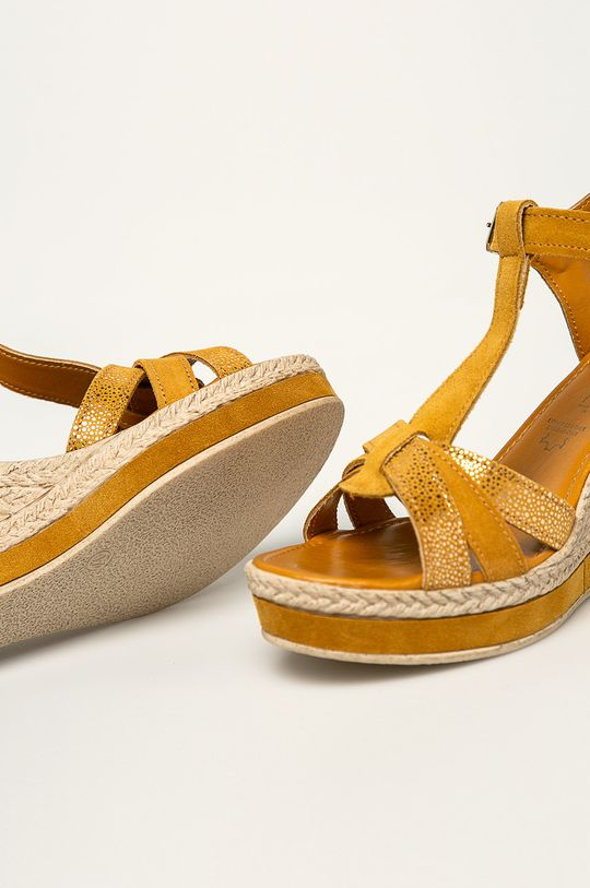 žltá Marco Tozzi - Kožené sandále