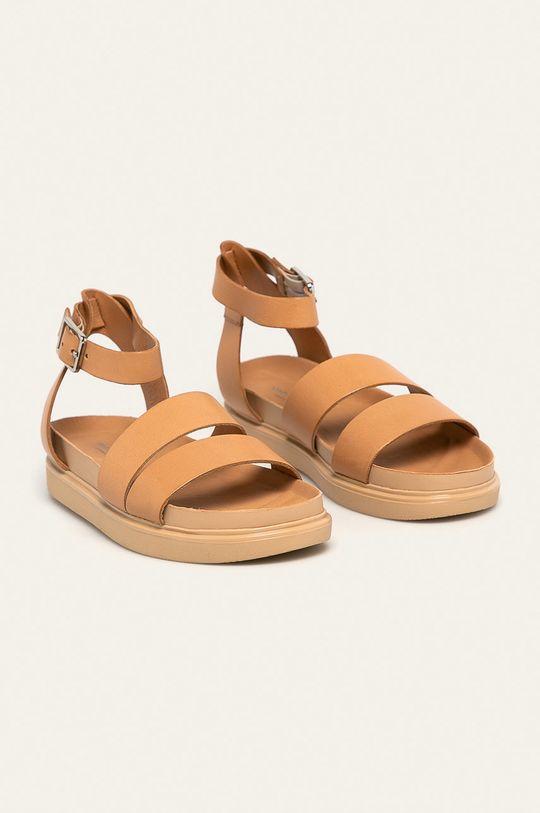 Vagabond - Kožené sandále Erin telová
