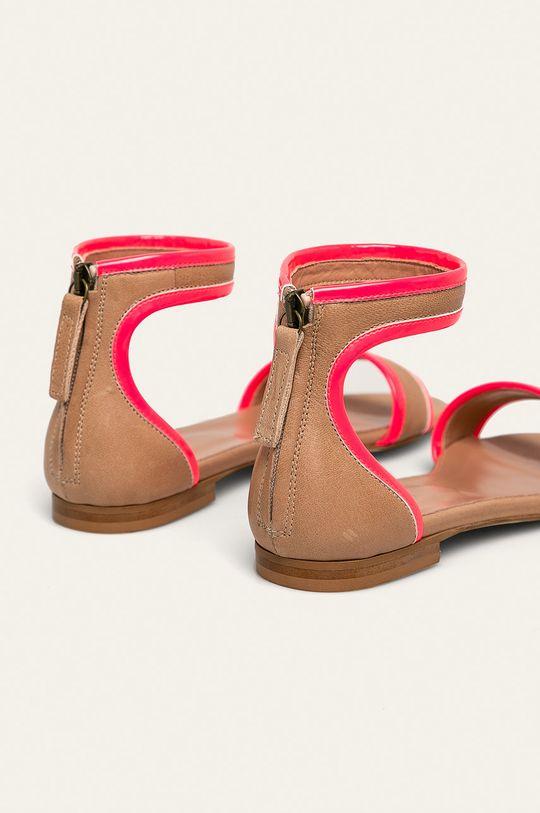 bej Twinset - Sandale
