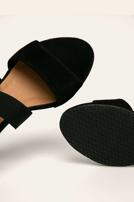 čierna Tamaris - Sandále