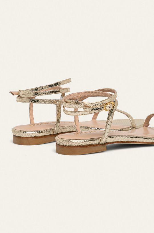 Stuart Weitzman - Kožené sandály Merinda Flat Přírodní kůže