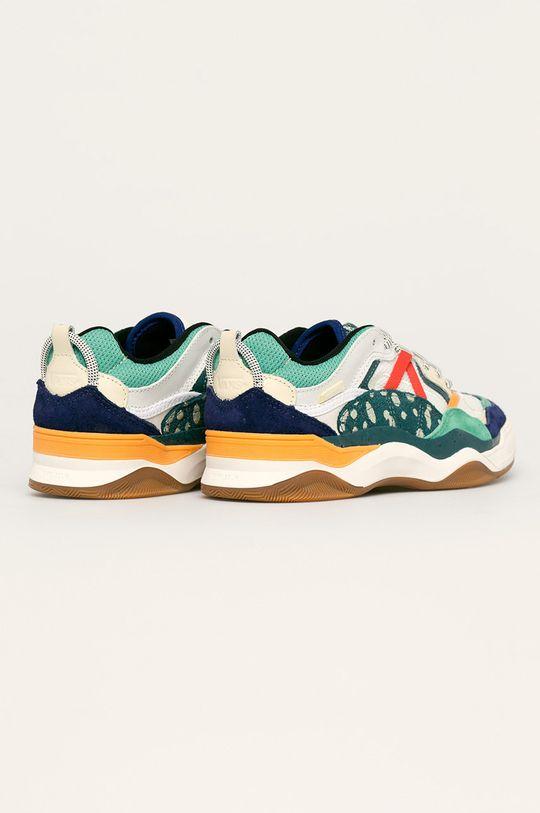 Vans - Обувки  Горна част: Текстилен материал, Естествена кожа Вътрешна част: Текстилен материал Подметка: Синтетичен материал
