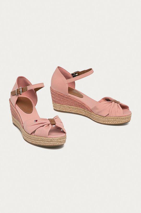 Tommy Hilfiger - Sandały różowy
