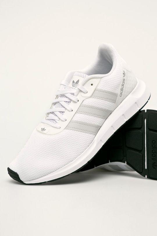 alb adidas Originals - Pantofi Swift Run Rf
