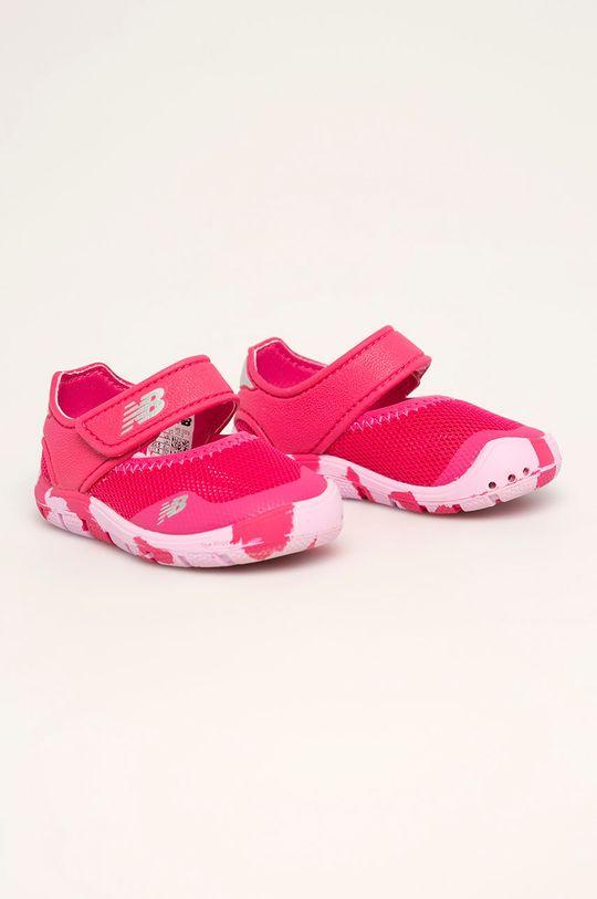 New Balance - Dětské sandály IO208MG2 ostrá růžová