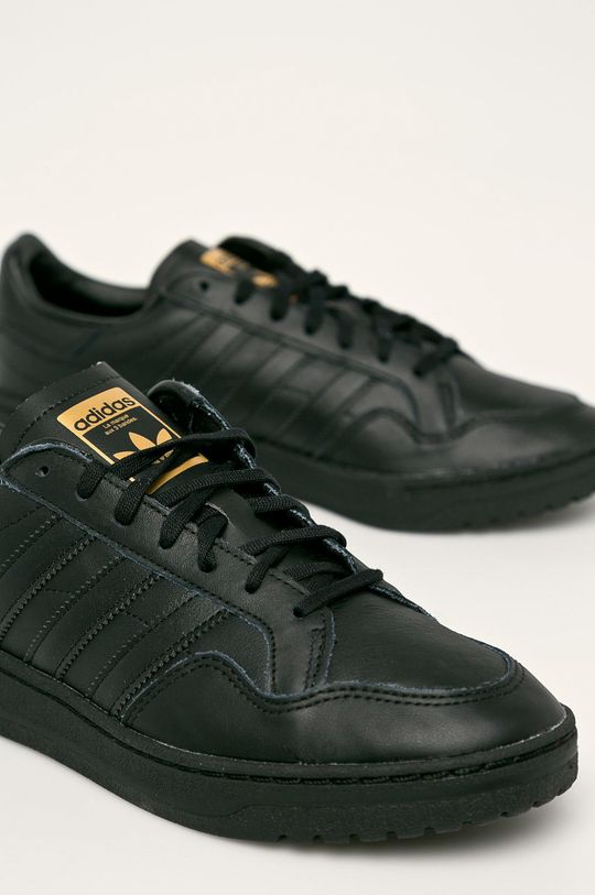 černá adidas Originals - Boty Team Court