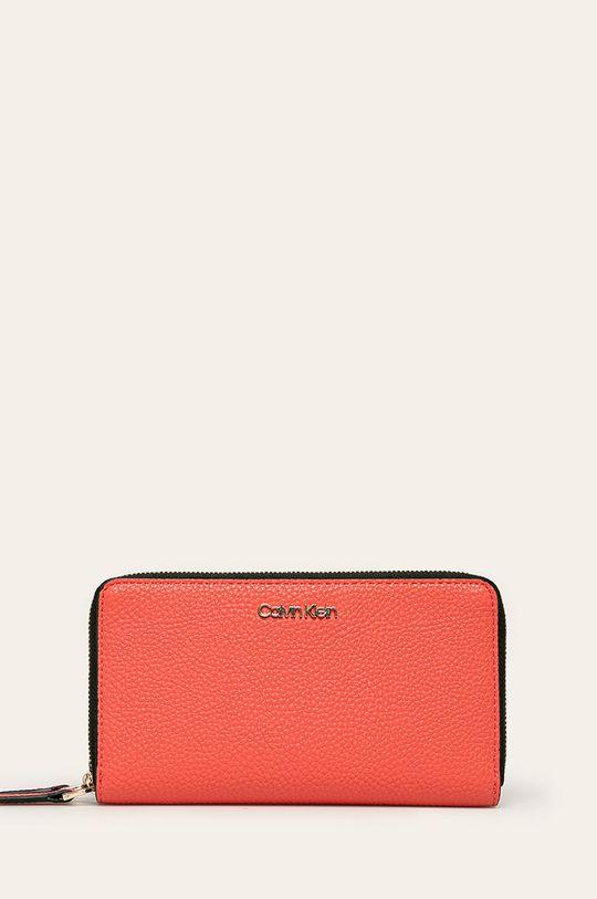 koralová Calvin Klein - Peňaženka Dámsky