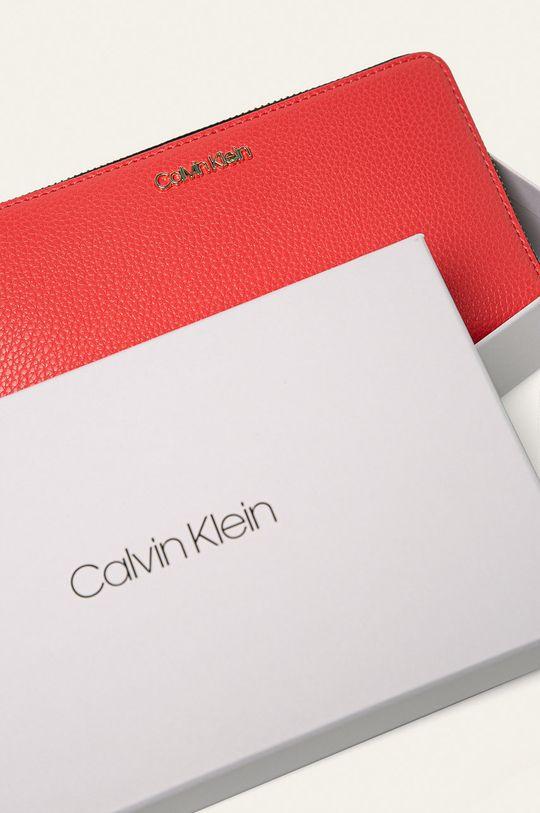 korálová Calvin Klein - Peněženka