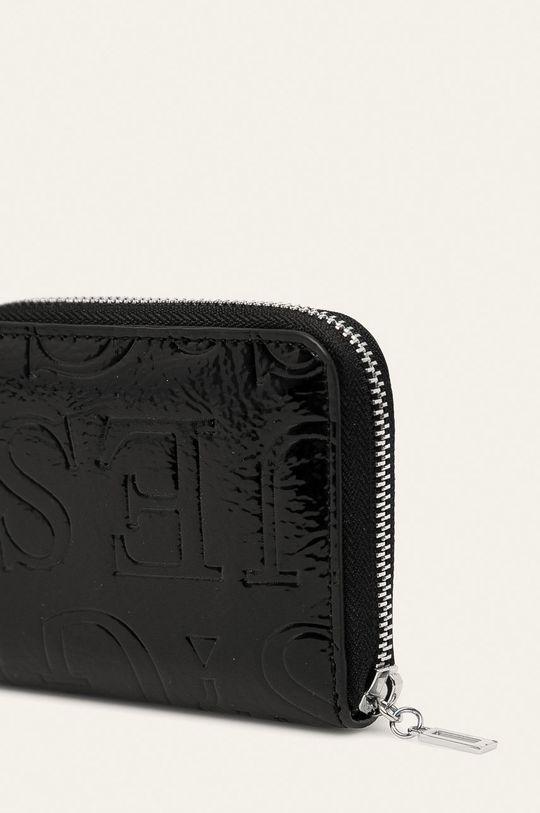 Guess Jeans - Peněženka  Materiál č. 1: 100% Polyuretan Materiál č. 2: 100% Polyester