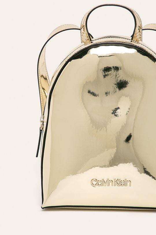 Calvin Klein - Batoh zlatá