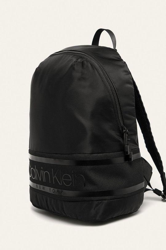 Calvin Klein - Batoh 70% Nylon, 20% Polyester, 10% Polyuretan
