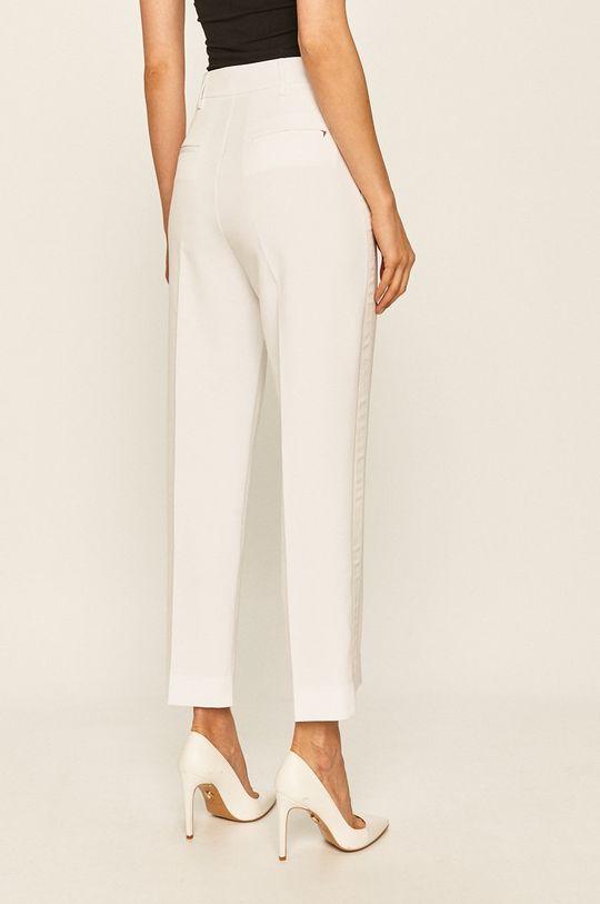 Guess Jeans - Pantaloni  Captuseala: 90% Poliester , 10% Spandex Materialul de baza: 89% Poliester , 11% Spandex Material 1: 89% Poliester , 11% Spandex Material 2: 90% Poliester , 10% Spandex