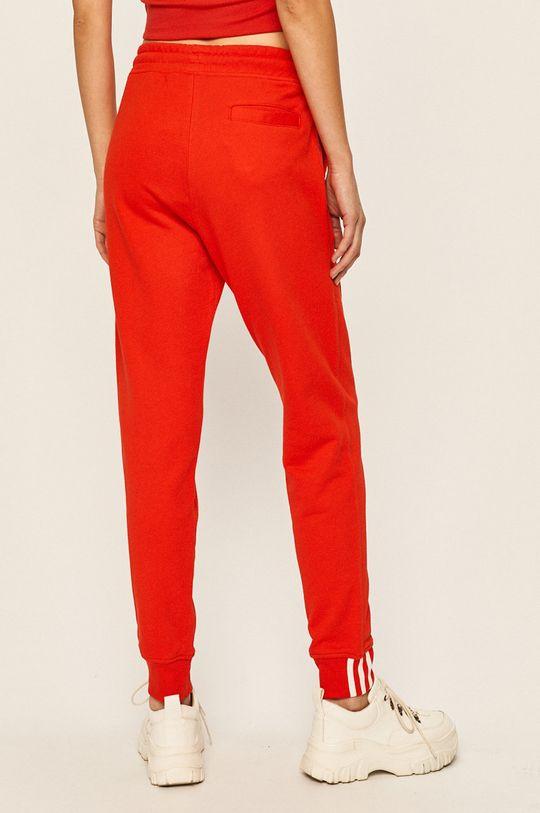 adidas Originals - Kalhoty Hlavní materiál: 100% Bavlna Stahovák: 95% Bavlna, 5% Elastan