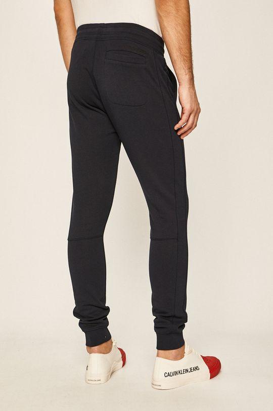 Calvin Klein Jeans - Kalhoty námořnická modř