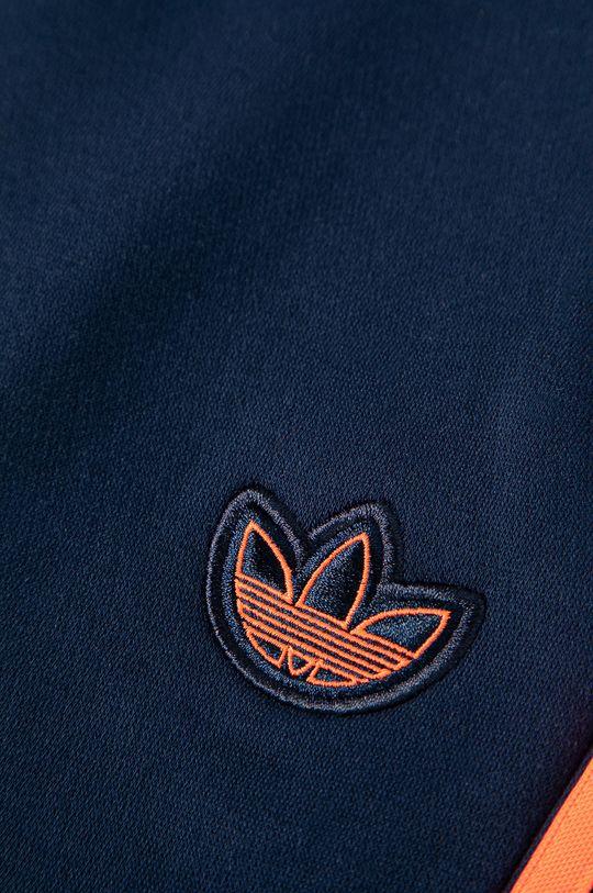 adidas Originals - Kalhoty Materiál č. 1: 77% Bavlna, 23% Polyester Materiál č. 2: 52% Bavlna, 48% Polyester Materiál č. 3: 95% Bavlna, 5% Elastan