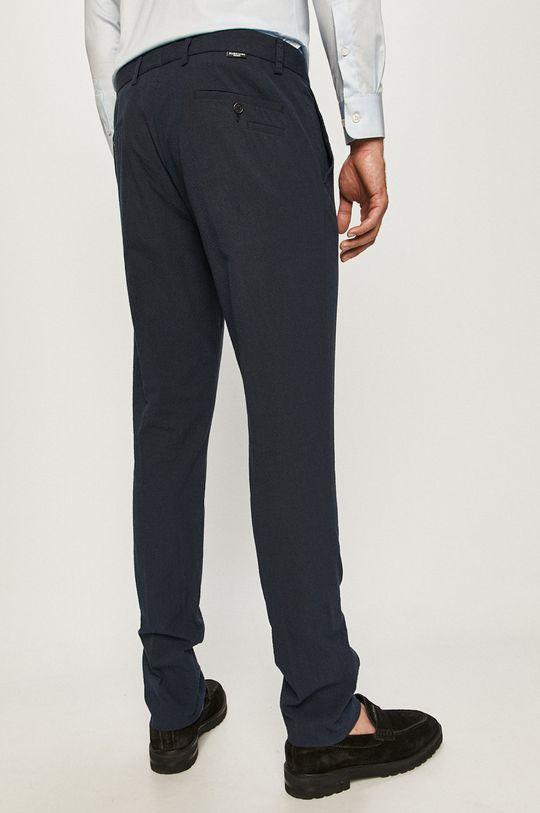Marciano Guess - Kalhoty  Podšívka: 100% Bavlna Hlavní materiál: 98% Bavlna, 2% Elastan