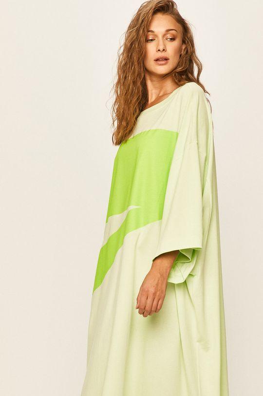 Nike Sportswear - Šaty světle zelená