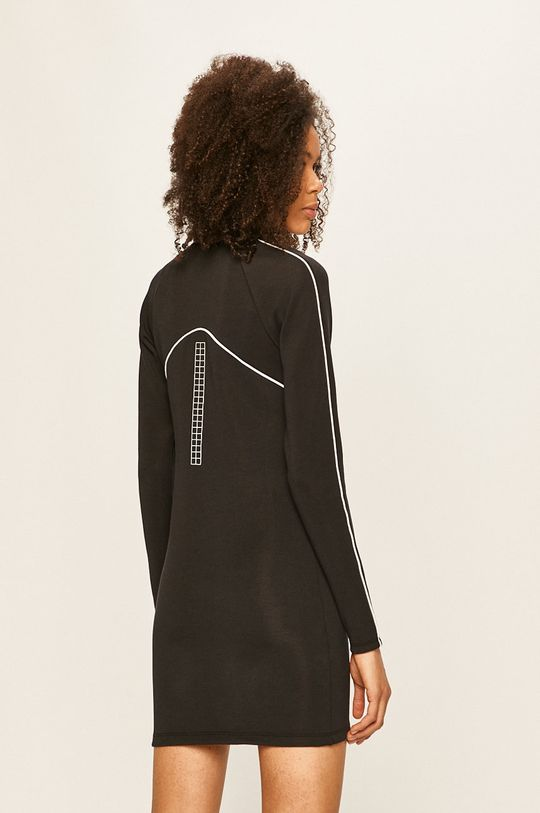 Nike Sportswear - Šaty 27% Bavlna, 8% Elastan, 65% Polyester