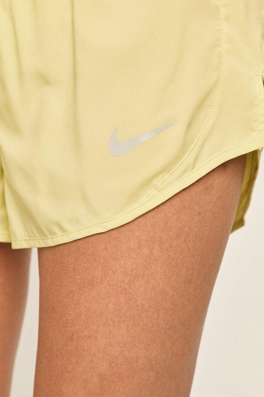 světle zelená Nike - Kraťasy