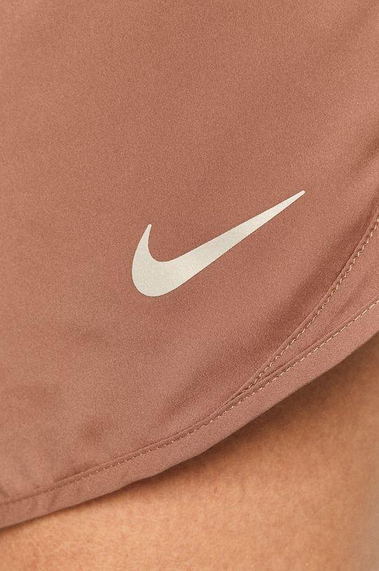 fialovo-růžová Nike - Kraťasy