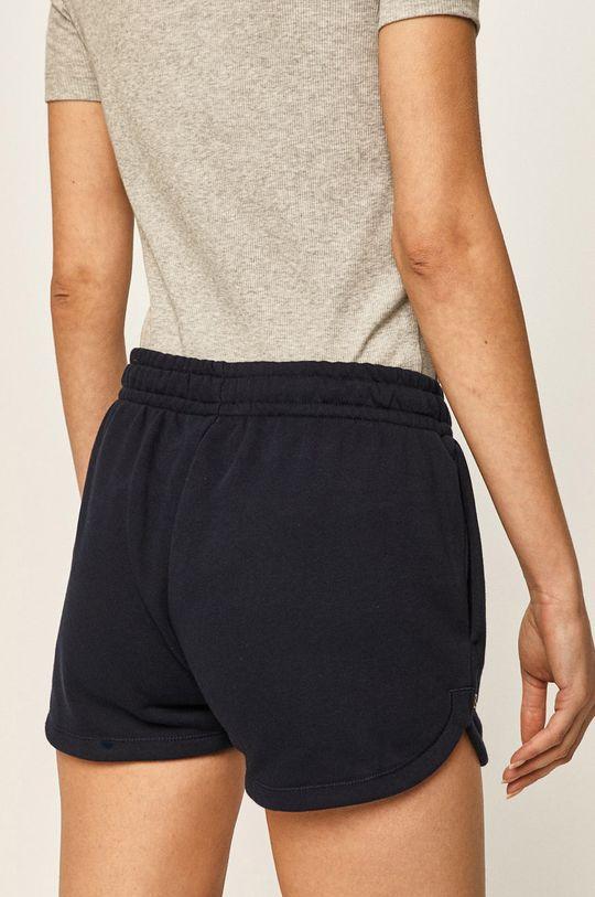 Lacoste - Šortky  Základná látka: 87% Bavlna, 13% Polyester Podšívka vrecka: 100% Bavlna