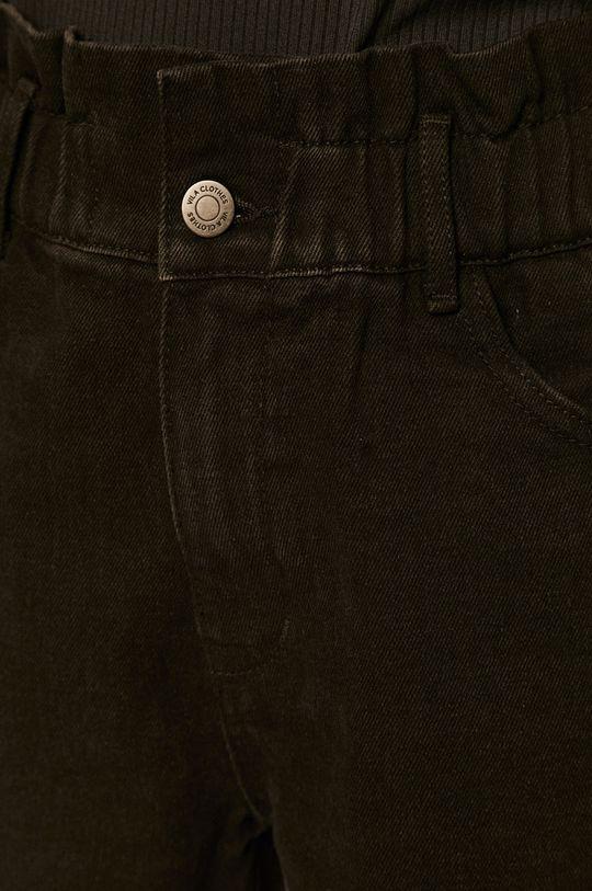 černá Vila - Džínové šortky