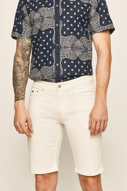 biały Tommy Jeans - Szorty jeansowe Męski
