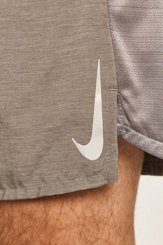 šedá Nike - Kraťasy