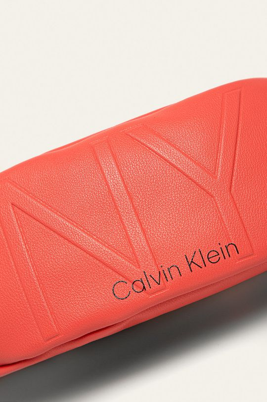 Calvin Klein - Ľadvinka koralová