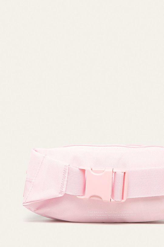 adidas Originals - Ledvinka  Podšívka: 100% Polyester Hlavní materiál: 100% Recyklovaný polyester