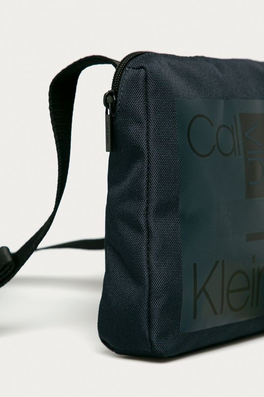 Calvin Klein - Borseta  98% Poliester , 2% Poliuretan