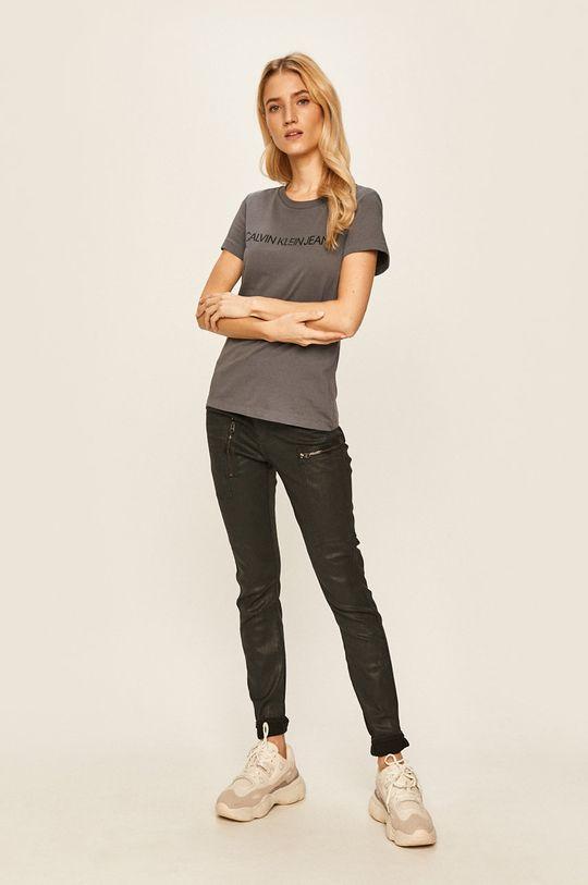 Calvin Klein Jeans - Tričko ocelová fialová