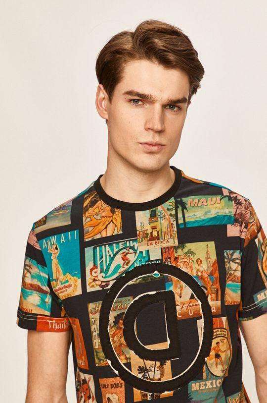 viacfarebná Desigual - Pánske tričko Pánsky