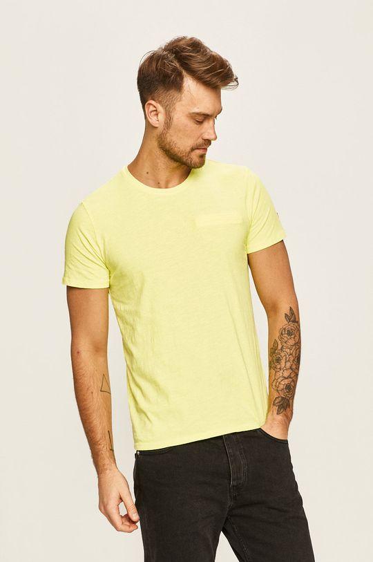 žltá Guess Jeans - Pánske tričko Pánsky