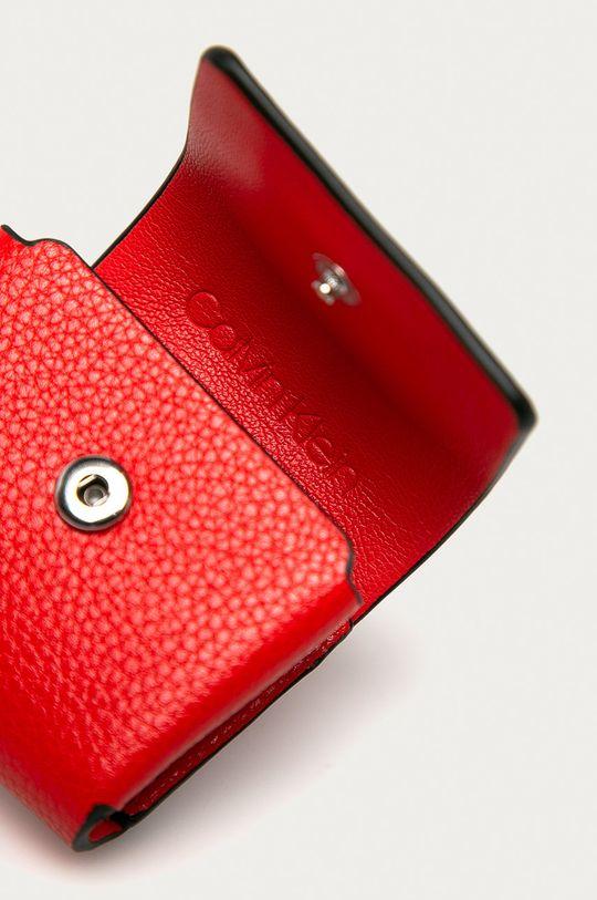 Calvin Klein - Etui na słuchawki czerwony