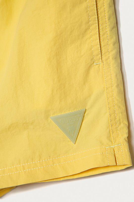 Guess - Detské plavkové šortky 104-175 cm žltá