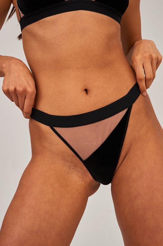 Undress Code - Tangá DAYDREAMING čierna
