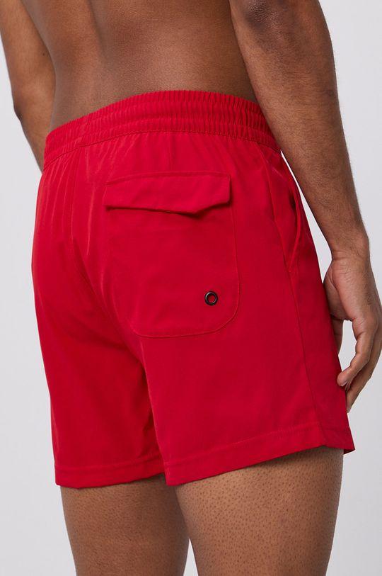 4F - Plavkové šortky červená