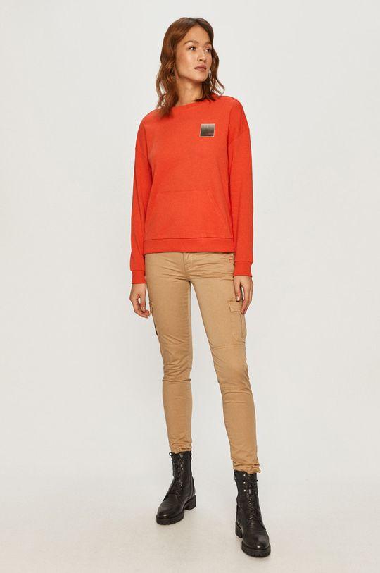 Armani Exchange - Bluza czerwony