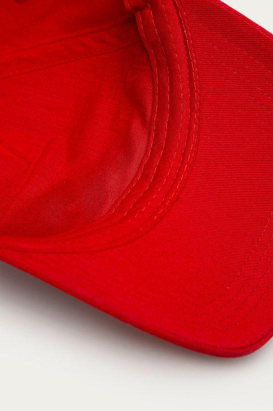 červená Guess - Čepice