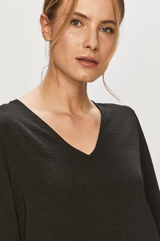 černá Jacqueline de Yong - Halenka