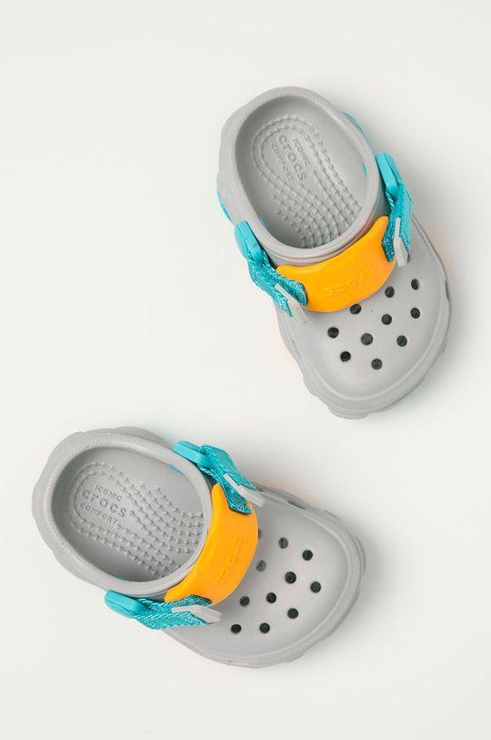 jasny szary Crocs - Klapki dziecięce