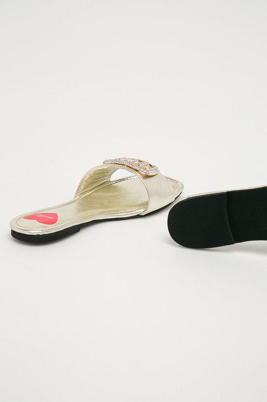 Love Moschino - Pantofle  Svršek: Umělá hmota Vnitřek: Umělá hmota Podrážka: Umělá hmota